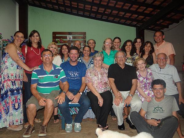 Equipe do CE Vinha de Luz com dirigentes da FEB e Edvaldo Roberto (RJ)