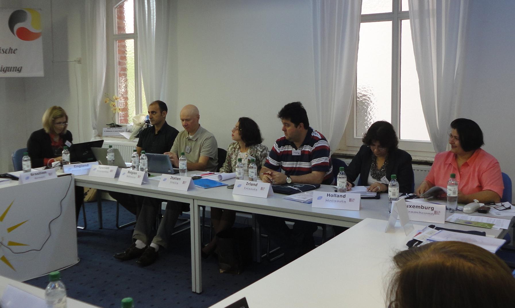 Stuttgart-Integrantes Reuniao CEI-b