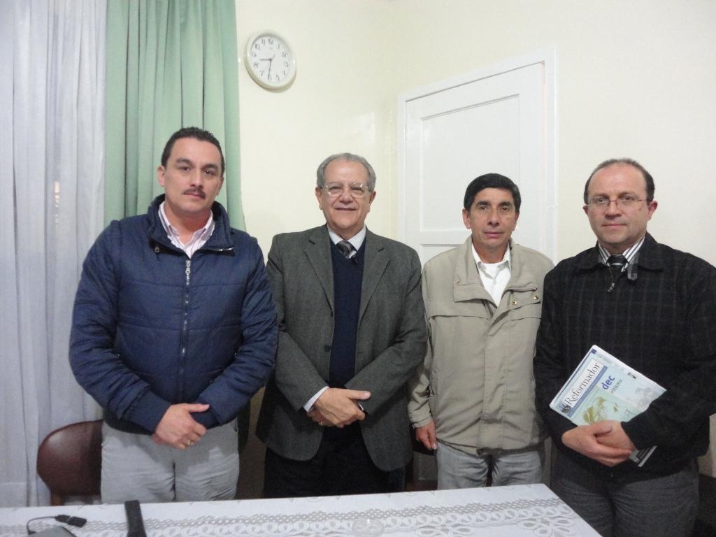 1-Bogota-Perri com dirigentes do Senderos de la Esperanza e da Federacao Regional
