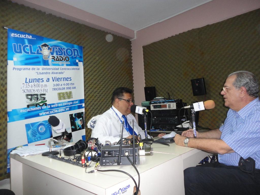 4-Venezuela-Entrevista de Perri em Rádio da Universidade-Barquisimeto