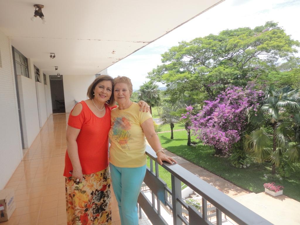 Elsa com a vice presidente da FEB Marta