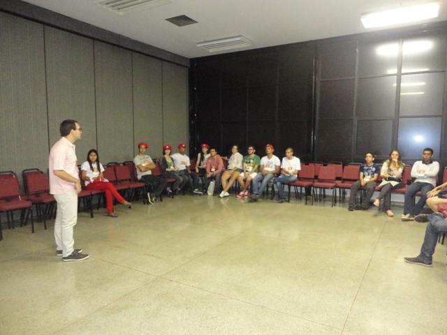4-CongressoGoiás-FEEGO-oficina com jovens- Atuação Flávio